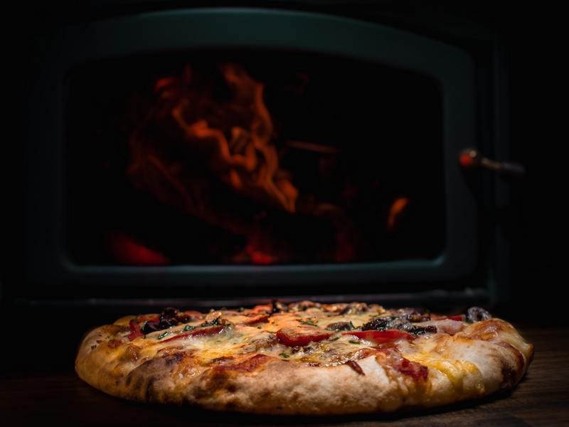 pitza oven-min
